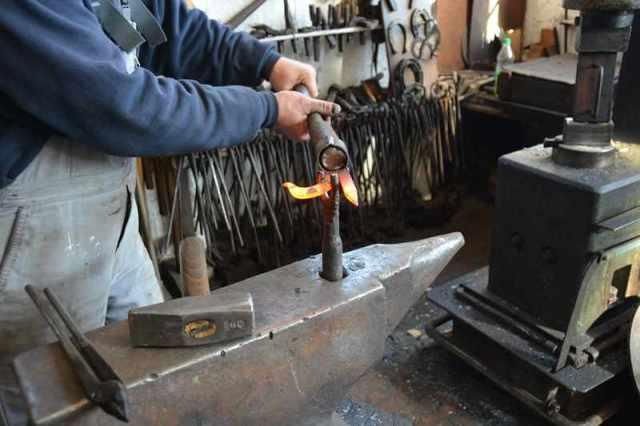 Холодная ковка своими руками: станок и другое оборудование