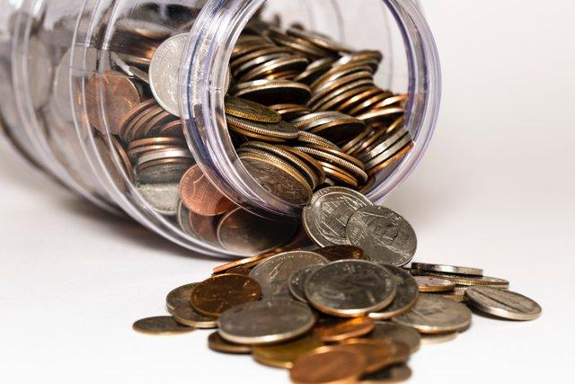 Положить деньги под проценты: выбор банка и условий