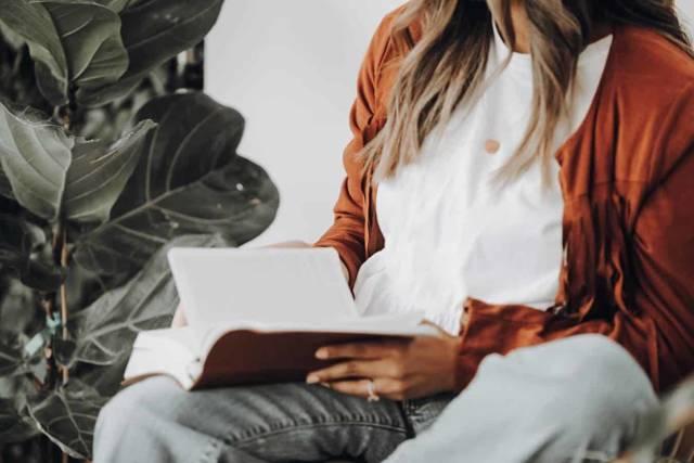 С чего начать путь к саморазвитию и самосовершенствованию: книги, фильмы, способы