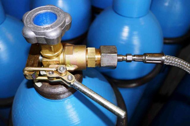 Заправка газовых баллонов: что необходимо знать