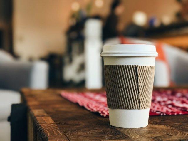 Кофе на вынос: как организовать бизнес, расчеты, оборудование