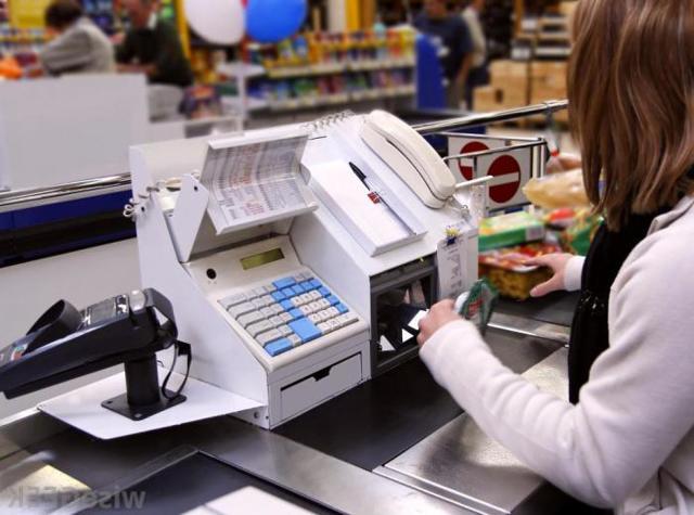 Продавец-кассир в магазине: должностная инструкция