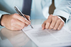 Как быстро ликвидировать фирму с долгами перед налоговой