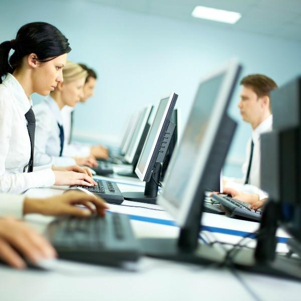 Субординация на работе: как соблюдать ее правила