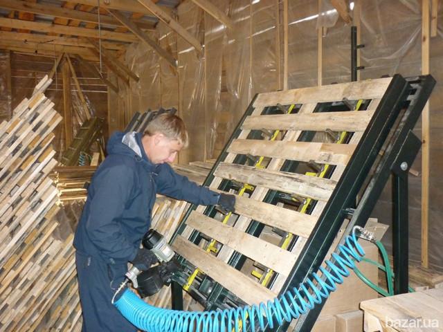 Производство поддонов как бизнес, сборка деревянных паллетов